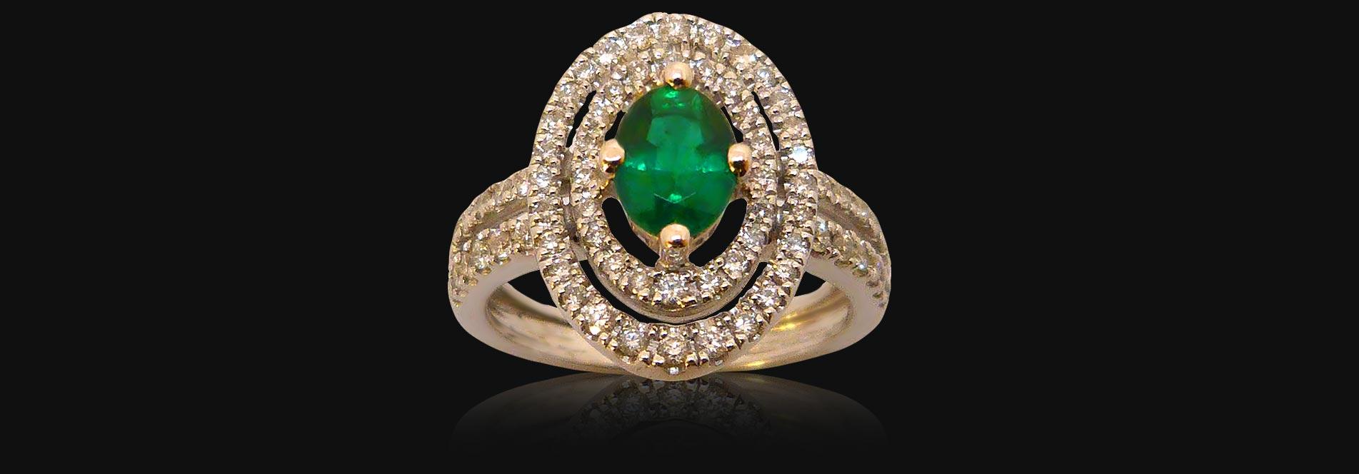Bague or blanc de 6g40, émeraude 0,79 carat, diamants 0,60 carat - PRIX : 4280 €
