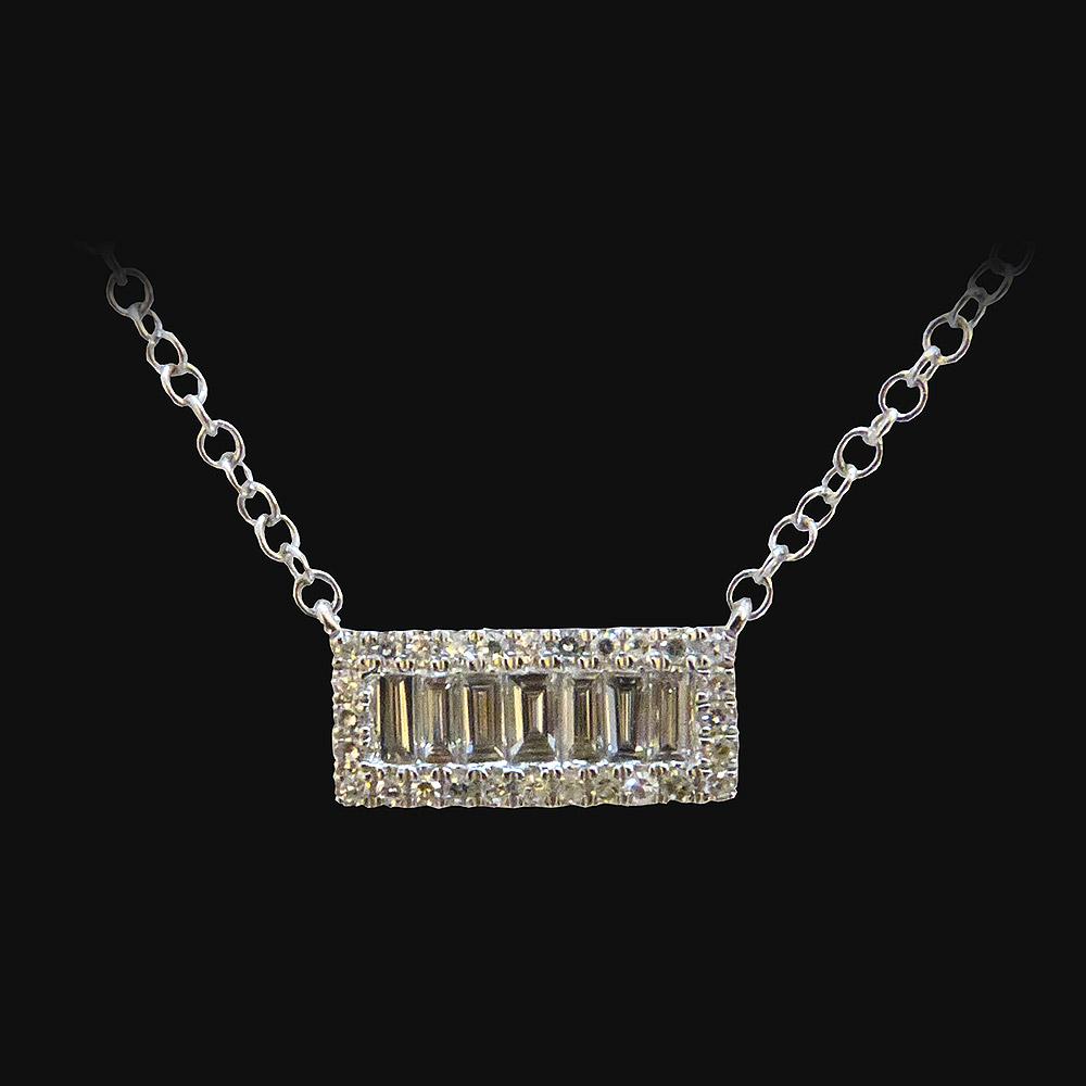 Collier or blanc de 2g35, diamant 0.24 carat - PRIX : 960 €